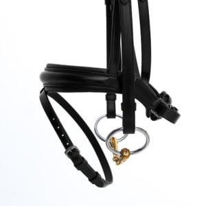 ALEQUI dressage bridle black anatomical neckpiece noseband closeup