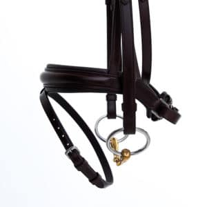 ALEQUI dressage bridle havana brown anatomical neckpiece noseband side closeup