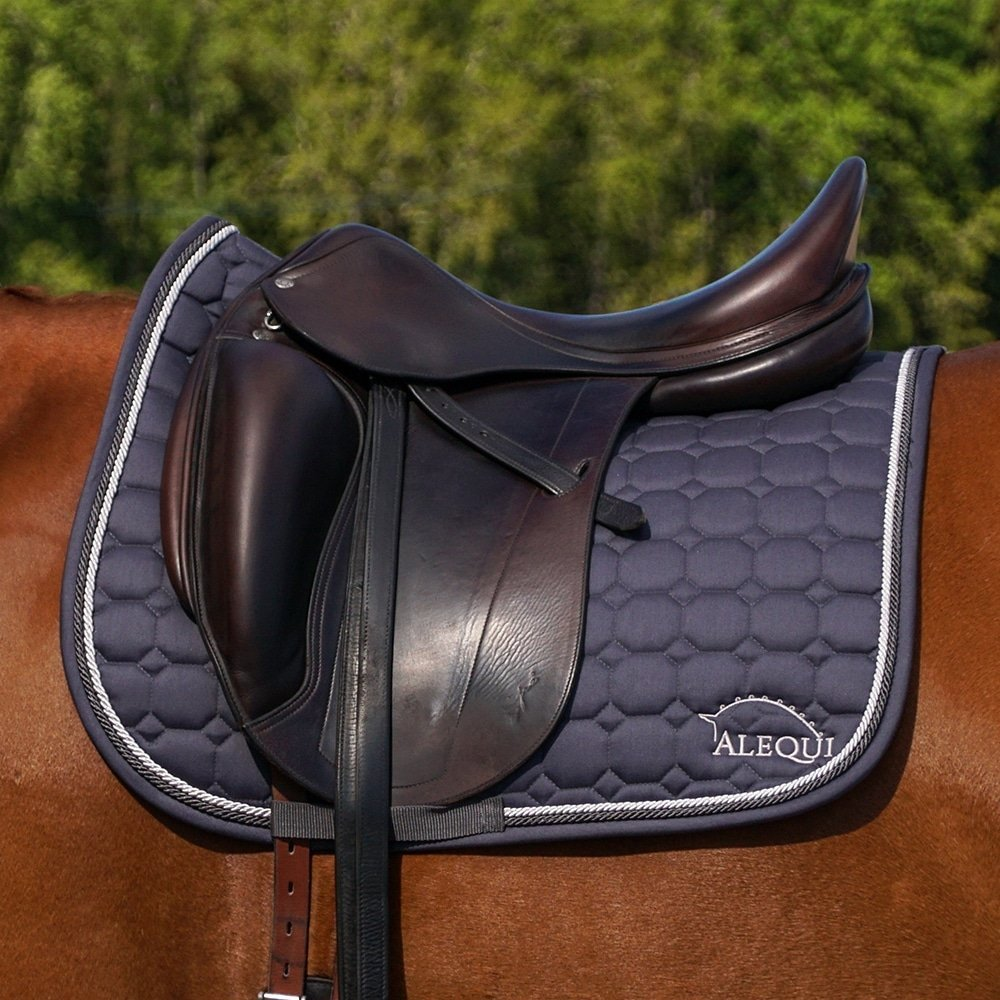 ALEQUI dressage saddle pad graphite grey horse