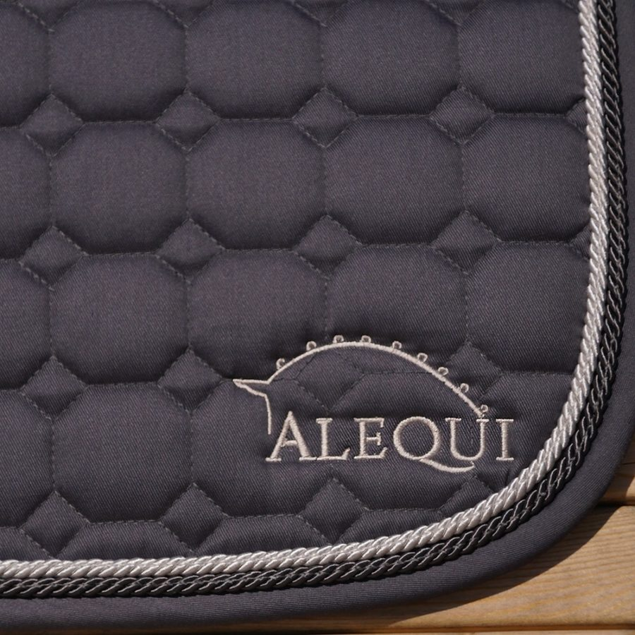 ALEQUI graphite grey dressage saddle pad
