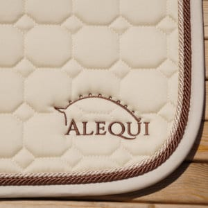 ALEQUI vanilla dressage saddle pad