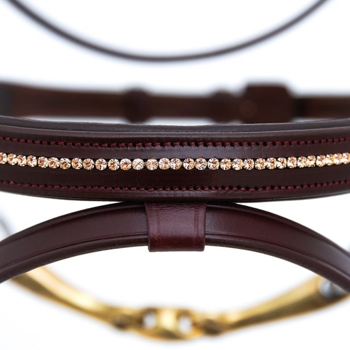 ALEQUI jumping bridle rose gold noseband anatomical neckpiece closeup.jpg