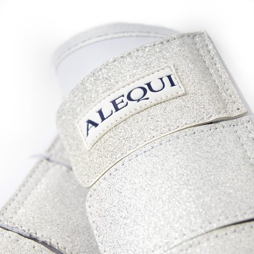 ALEQUI boots white glitter close-up