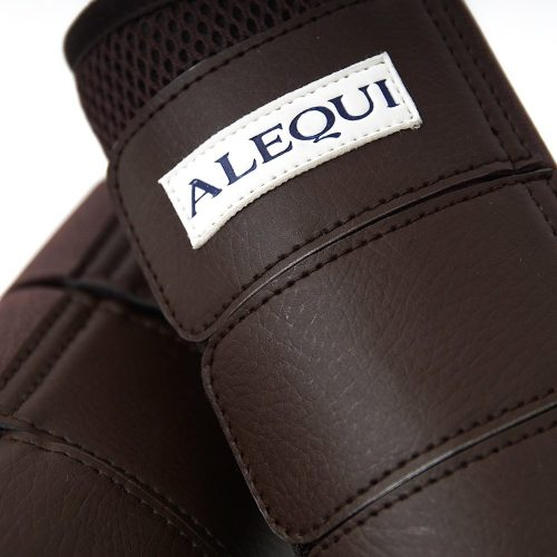 ALEQUI boots brown mesh close-up